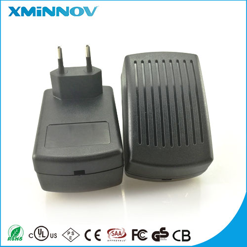 Customized AC-DC 8V 2.2A IVP0800-2200 Uninterrupted Power Supply CE